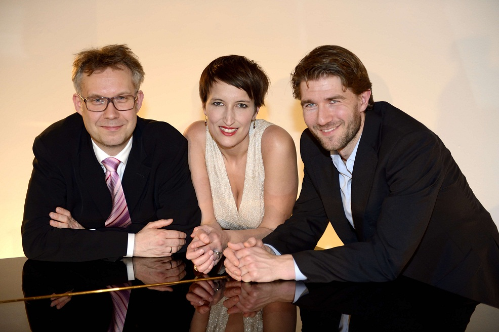 26 februar 2013Stina Schmidt, mezzosopran, Jens Søndergaard , bas baryton, og pianist Søren Pedersen
